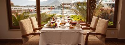 DiningHour- dining Photo